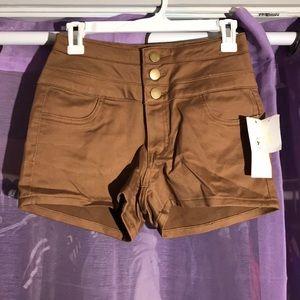 Stretchy High waist shorts